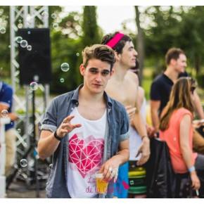 12ans_La_Couleur_de_La_Culotte_Pool-Party_Nicolaevsky-165