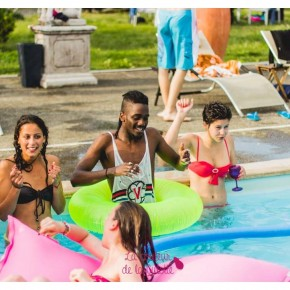12ans_La_Couleur_de_La_Culotte_Pool-Party_Nicolaevsky-206